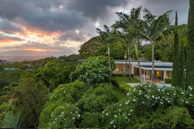 Extraordinary Hawaii Home Mid Century Modern Home In